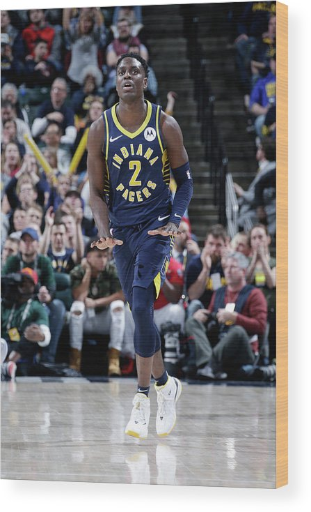Nba Pro Basketball Wood Print featuring the photograph Darren Collison by Ron Hoskins