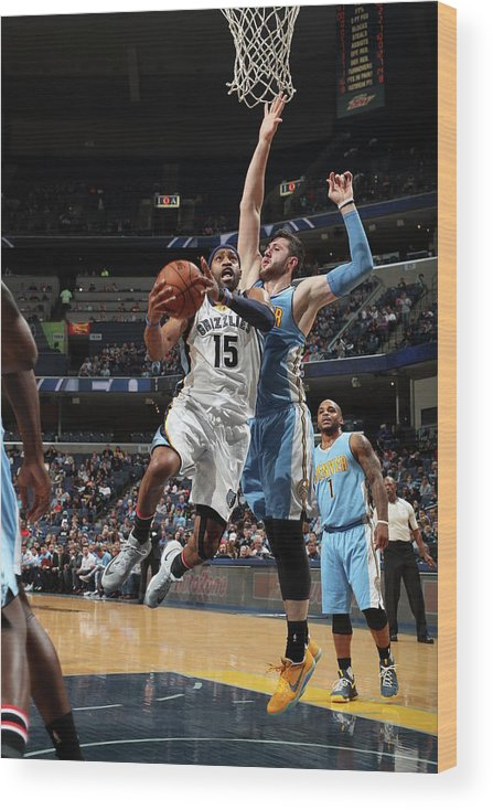 Nba Pro Basketball Wood Print featuring the photograph Vince Carter by Joe Murphy