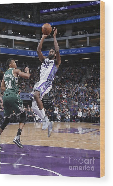 Nba Pro Basketball Wood Print featuring the photograph Tyreke Evans by Rocky Widner