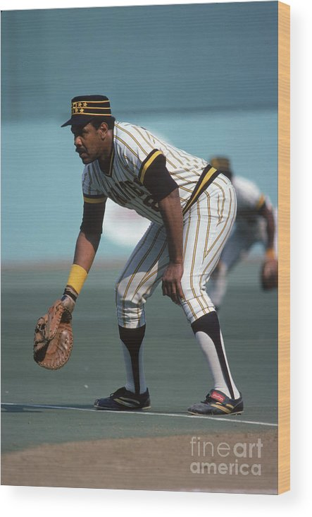 National League Baseball Wood Print featuring the photograph Willie Stargell by Rich Pilling