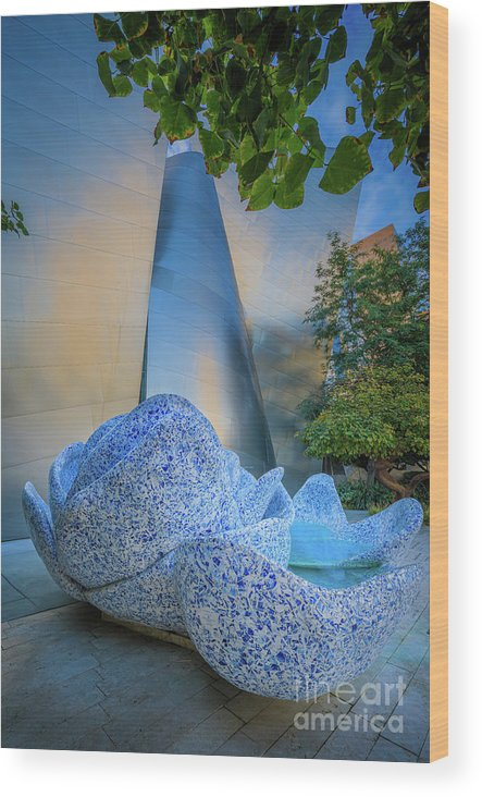 America Wood Print featuring the photograph Blue Ribbon Garden by Inge Johnsson