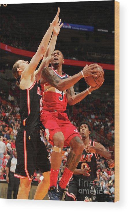 Nba Pro Basketball Wood Print featuring the photograph Bradley Beal by Oscar Baldizon