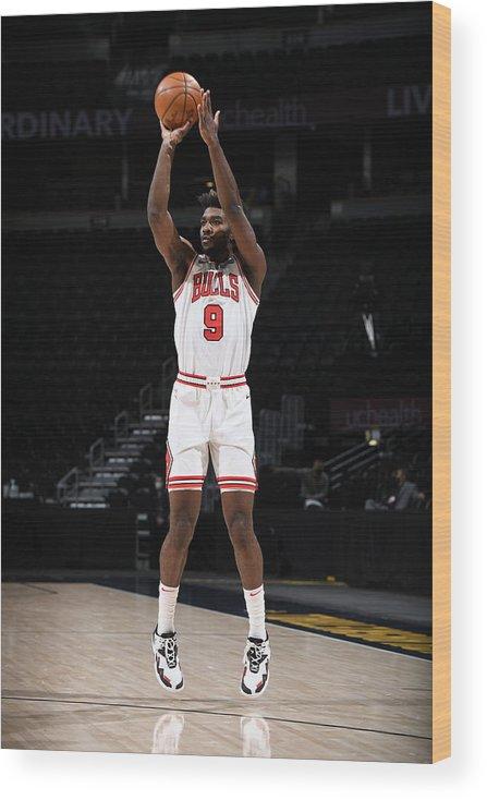 Nba Pro Basketball Wood Print featuring the photograph Chicago Bulls v Denver Nuggets by Garrett Ellwood
