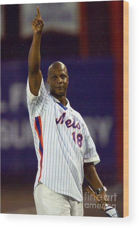 People Wood Print featuring the photograph Darryl Strawberry by Chris Trotman
