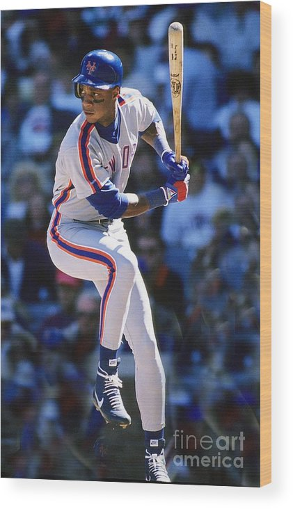 1980-1989 Wood Print featuring the photograph Darryl Strawberry by Ronald C. Modra