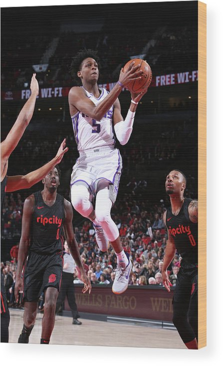 Nba Pro Basketball Wood Print featuring the photograph De'aaron Fox by Sam Forencich