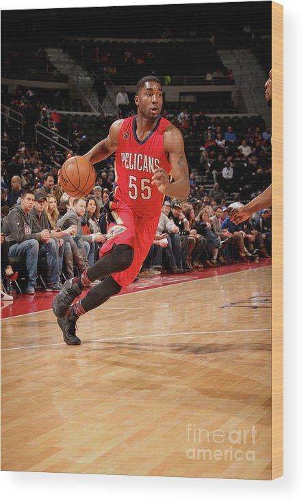 Nba Pro Basketball Wood Print featuring the photograph E'twaun Moore by Brian Sevald