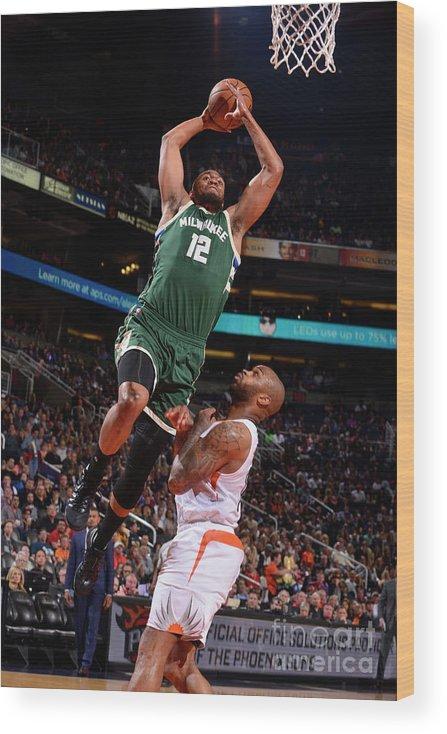 Nba Pro Basketball Wood Print featuring the photograph Jabari Parker by Barry Gossage