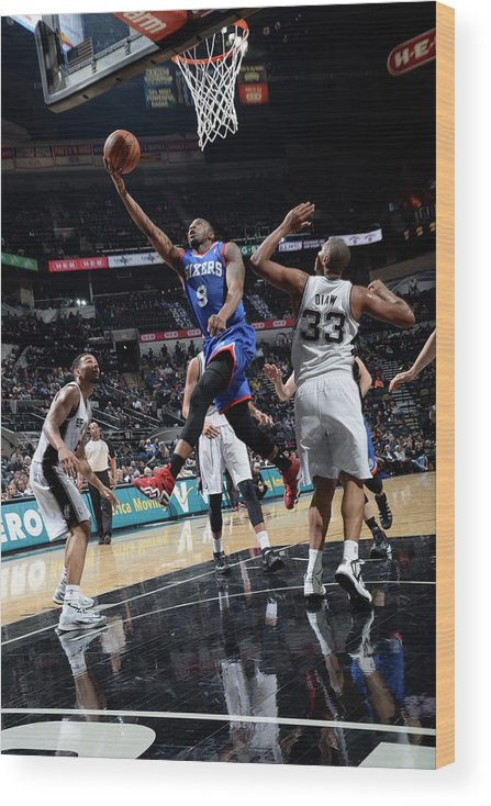 Nba Pro Basketball Wood Print featuring the photograph James Anderson by D. Clarke Evans