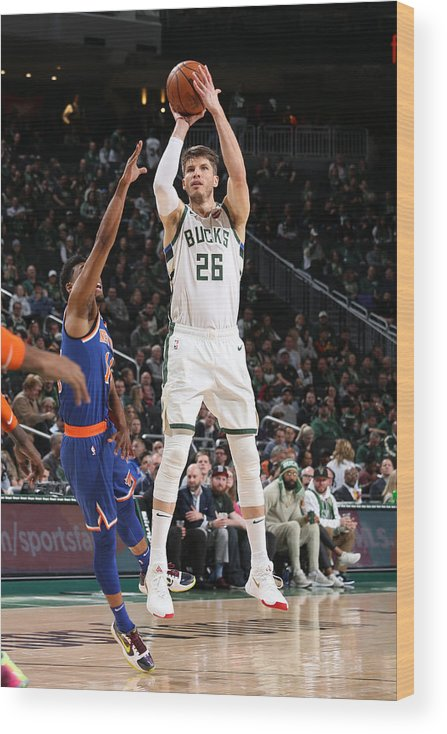 Nba Pro Basketball Wood Print featuring the photograph Kyle Korver by Gary Dineen
