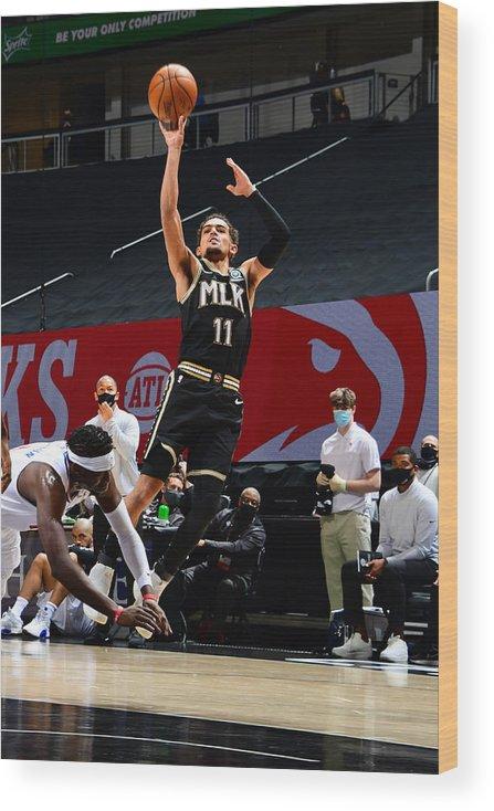 Atlanta Wood Print featuring the photograph LA Clippers v Atlanta Hawks by Scott Cunningham