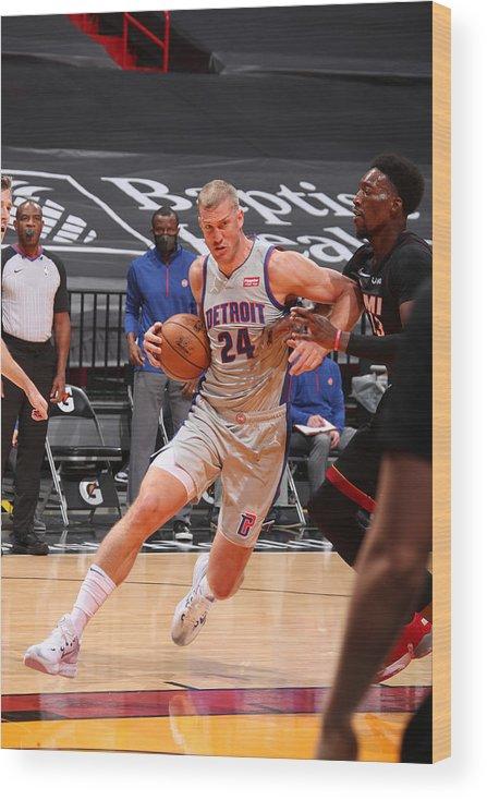 Nba Pro Basketball Wood Print featuring the photograph Mason Plumlee by Issac Baldizon