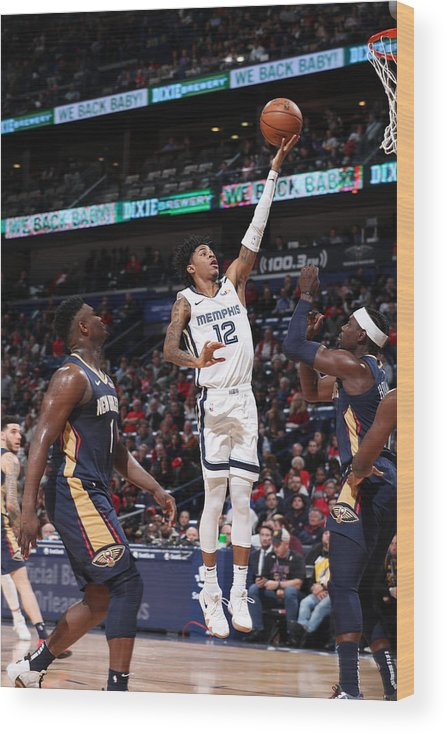 Nba Pro Basketball Wood Print featuring the photograph Memphis Grizzlies v New Orleans Pelicans by Joe Murphy