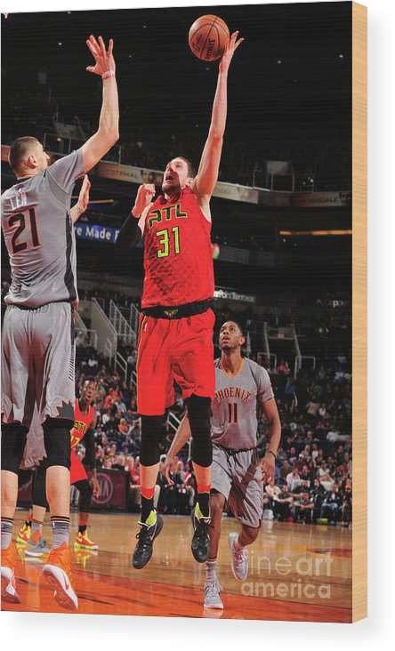 Nba Pro Basketball Wood Print featuring the photograph Mike Muscala by Barry Gossage