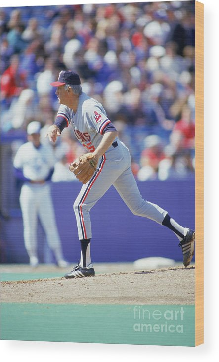 1980-1989 Wood Print featuring the photograph Phil Niekro by Gray Mortimore