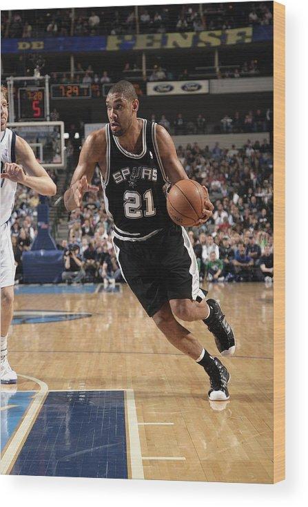 Nba Pro Basketball Wood Print featuring the photograph Tim Duncan by Glenn James