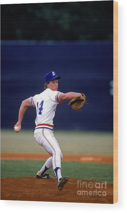 1980-1989 Wood Print featuring the photograph Tom Glavine by Rich Pilling