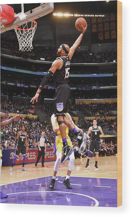 Nba Pro Basketball Wood Print featuring the photograph Vince Carter by Andrew D. Bernstein