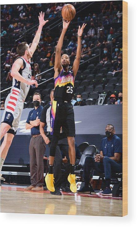 Nba Pro Basketball Wood Print featuring the photograph Washington Wizards v Phoenix Suns by Michael Gonzales
