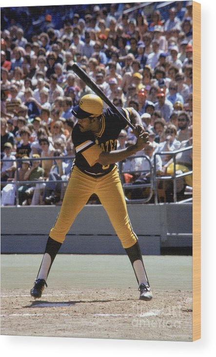 Sports Bat Wood Print featuring the photograph Willie Stargell by Mlb Photos