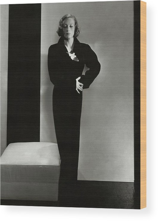 Studio Shot Wood Print featuring the photograph Joan Crawford Wearing A Schiaparelli Dress by Edward Steichen