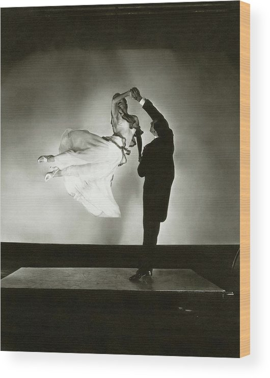 Dance Wood Print featuring the photograph Antonio And Renee De Marco Dancing by Edward Steichen