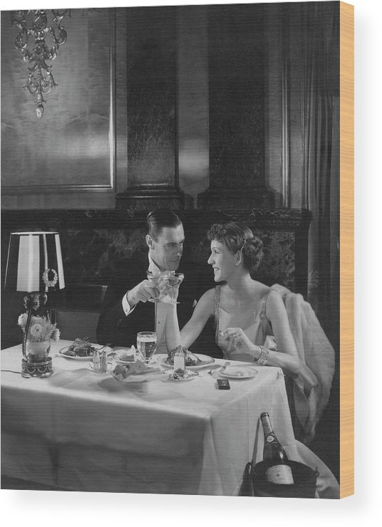 Empire Ball Room Wood Print featuring the photograph Colin Clive And Rose Hobart At Waldorf by Edward Steichen