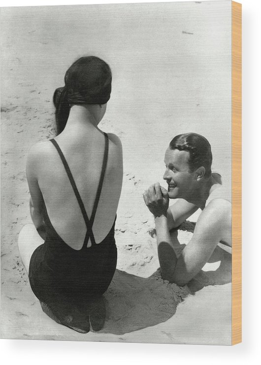 Outdoors Wood Print featuring the photograph Couple On A Beach by George Hoyningen-Huene
