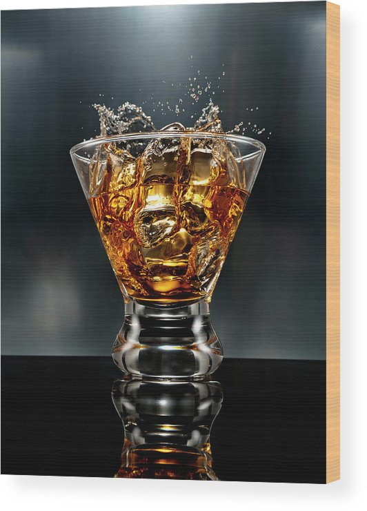 Alcohol Wood Print featuring the photograph Ice Cube Splash Alcohol Drink by Chris Stein