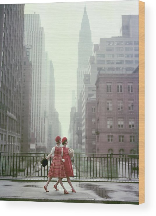 Accessories Wood Print featuring the photograph Models In New York City by Sante Forlano