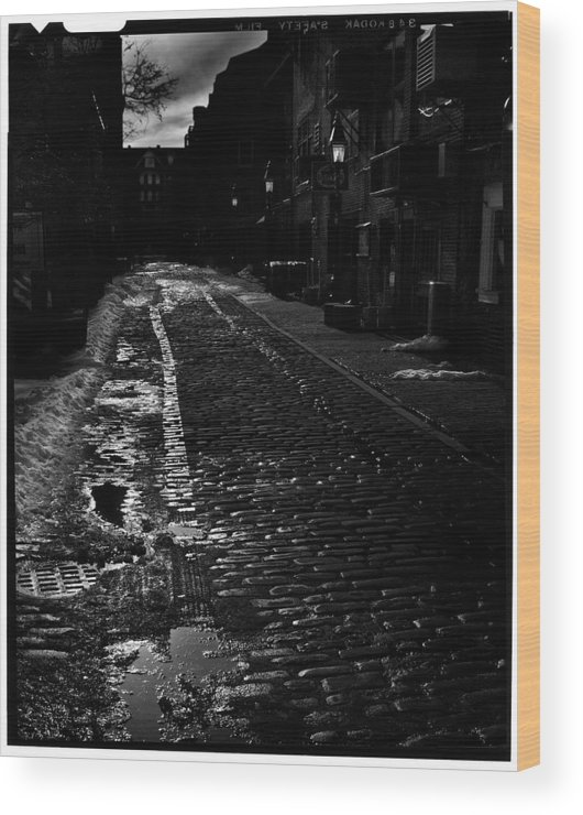 Black And White Wood Print featuring the photograph Wharf Street by Filipe N Marques