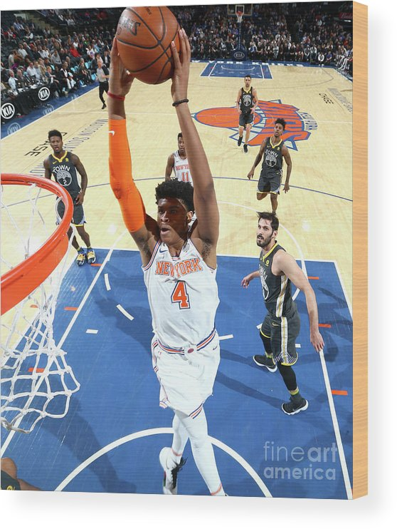 Nba Pro Basketball Wood Print featuring the photograph Golden State Warriors V New York Knicks by Nathaniel S. Butler