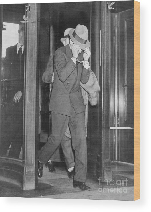 People Wood Print featuring the photograph Lucky Luciano Entering Courthouse by Bettmann