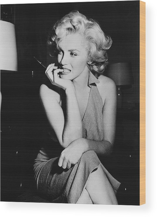 Marilyn Monroe Wood Print featuring the photograph Marilyn Monroe by Keystone Features