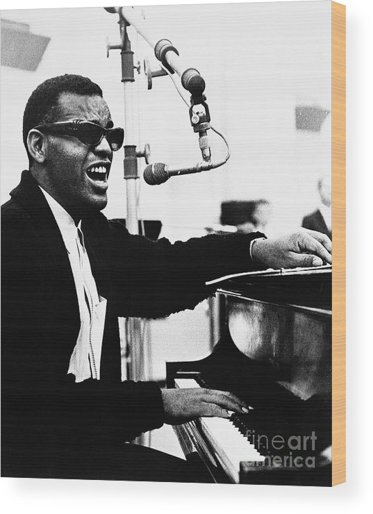 Singer Wood Print featuring the photograph Ray Charles Singing At The Piano by Bettmann