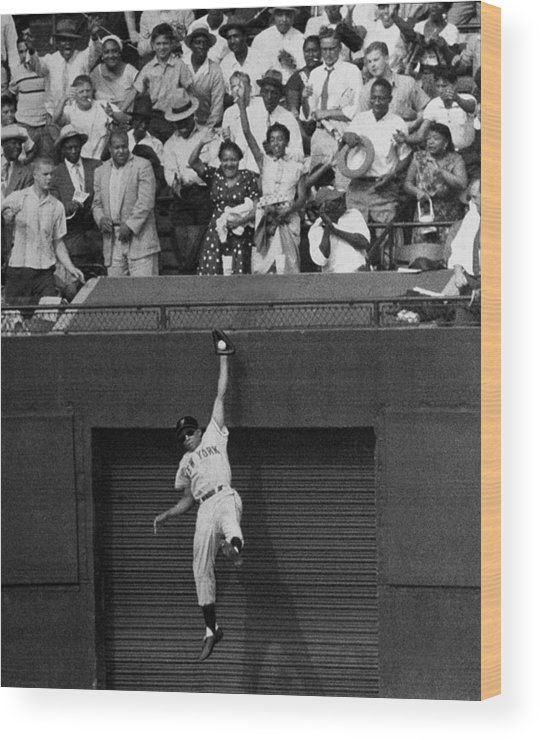 1950-1959 Wood Print featuring the photograph The Giants Amazing Willie Mays Amazes by New York Daily News Archive
