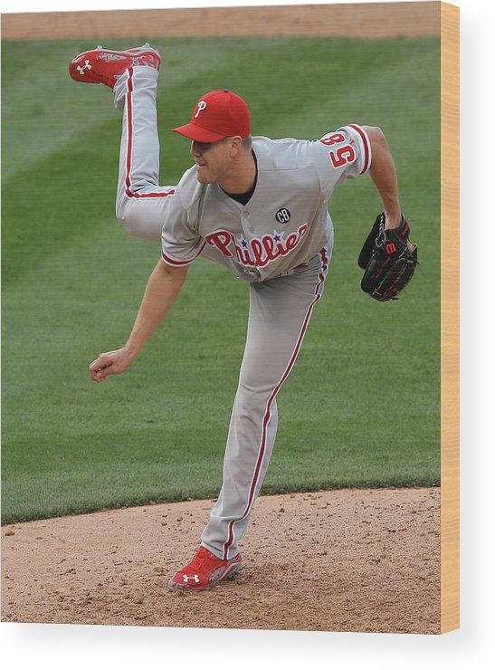 National League Baseball Wood Print featuring the photograph Jonathan Papelbon by Doug Pensinger