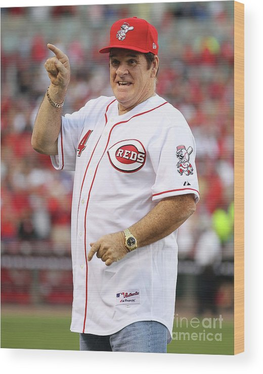 Great American Ball Park Wood Print featuring the photograph Pete Rose by Andy Lyons
