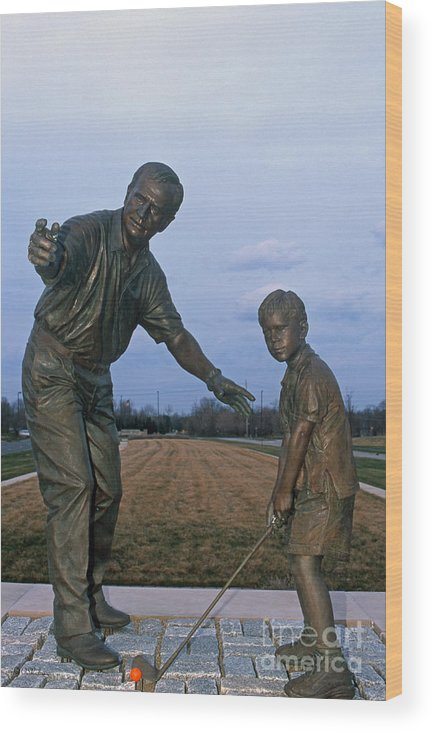 Jack Nicklaus Wood Print featuring the photograph 36u-245 Jack Nicklaus Sculpture Photo by Ohio Stock Photography