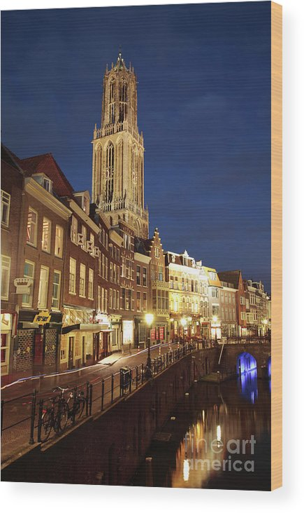 Utrecht Wood Print featuring the photograph Utrecht Cathedral At Night by Neil Overy