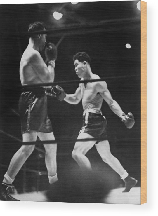 History Wood Print featuring the photograph Joe Louis Right In Boxing Match by Everett