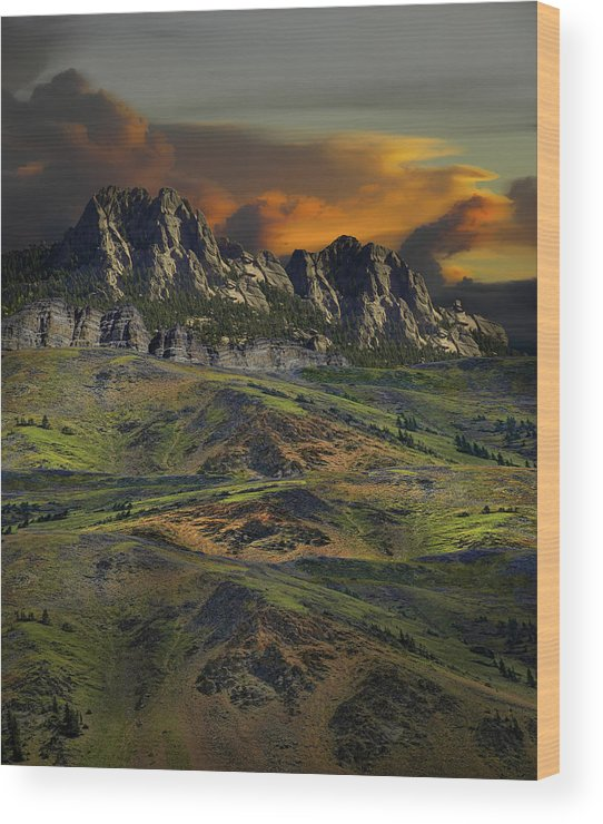 Mountains Wood Print featuring the photograph 4592 by Peter Holme III
