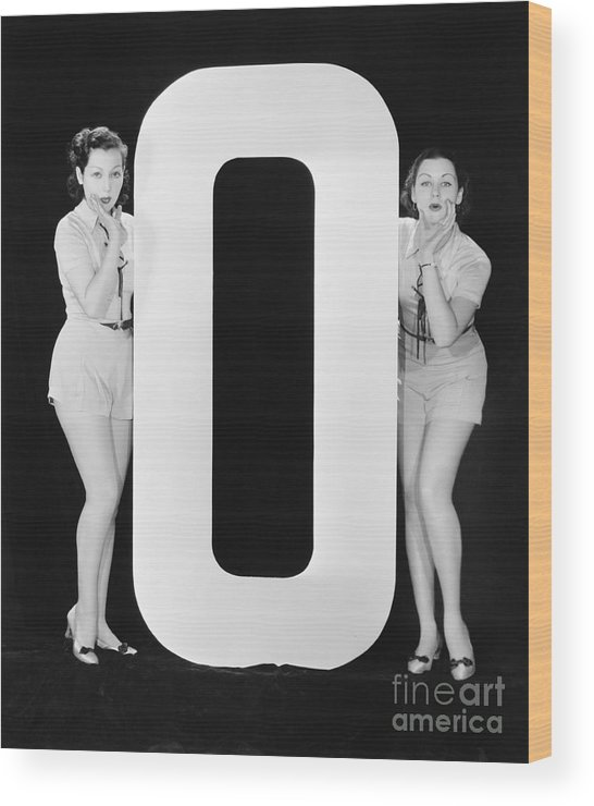 Testimonial Wood Print featuring the photograph Women With Huge Letter O by Everett Collection