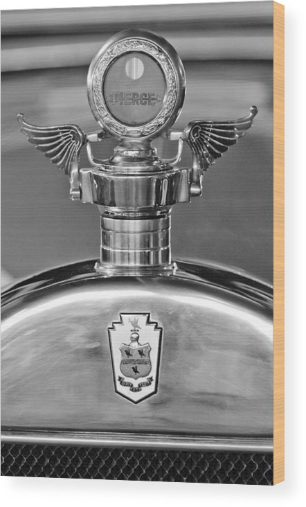 1928 Pierce-arrow Wood Print featuring the photograph 1928 Pierce-arrow Hood Ornament 2 by Jill Reger