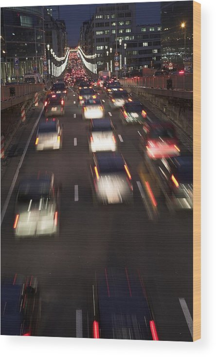 Urban Wood Print featuring the photograph Night Traffic by Jean Schweitzer
