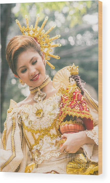 Sinulog Wood Print featuring the photograph Sinulog Festival In Cebu Of Philippines by Tuimages