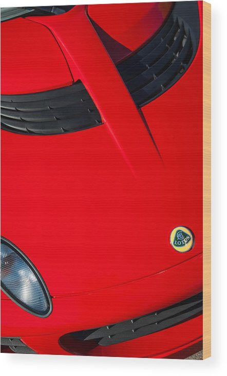 2005 Lotus Elise Wood Print featuring the photograph 2005 Lotus Elise -0125c by Jill Reger