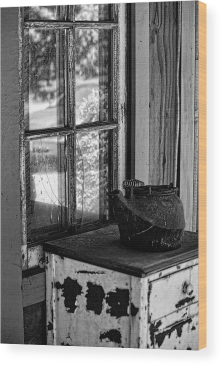 Antique Stove Wood Print featuring the photograph Antique Stove On Porch by Bonnie Bruno