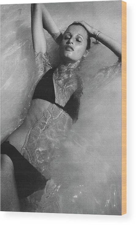 Fashion Wood Print featuring the photograph Apollonia Van Ravenstein Wearing A Catalina by Bob Stone