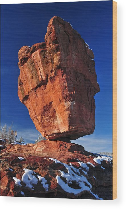 Balanced Rock At Garden Of The Gods With Snow Wood Print